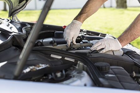 Signs That it is Time to Give Your Car a Tune Up
